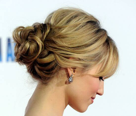 вечерние женские прически на средние волосы фото