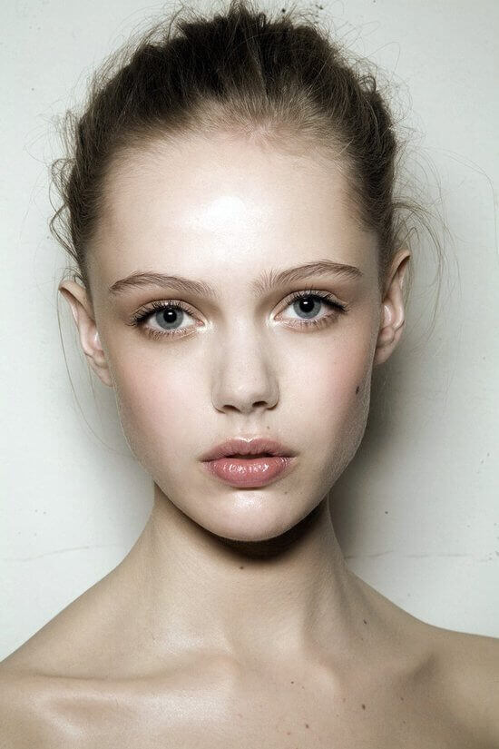 Картинки женского лица без макияжа, утюгом открытки оптом