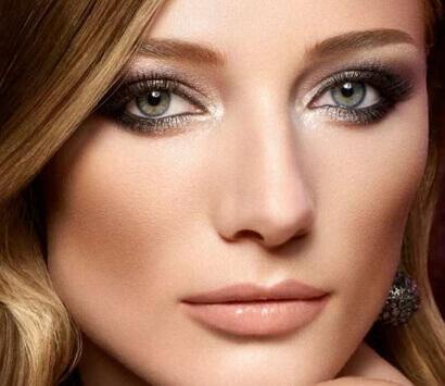 Вечерний макияж для зелёных глаз фото