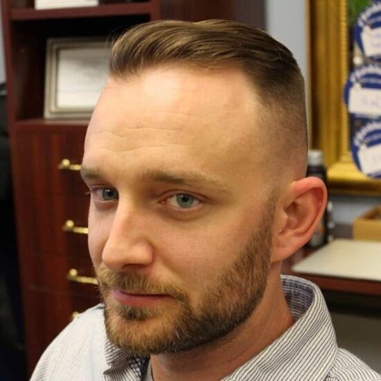 Причёски с залысинами на лбу мужские