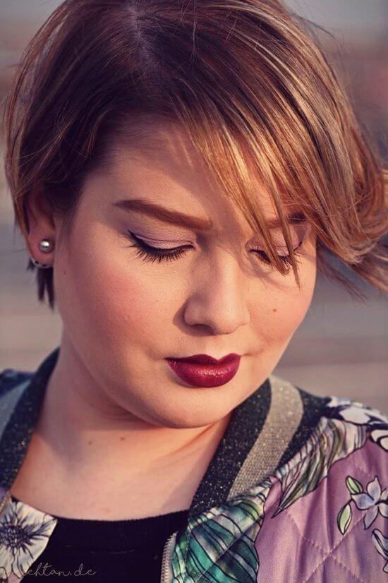 Короткая стрижка женская 2019 для круглого лица