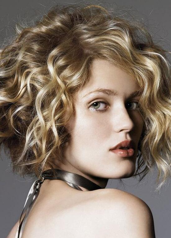 Стрижка каре на волнистые волосы