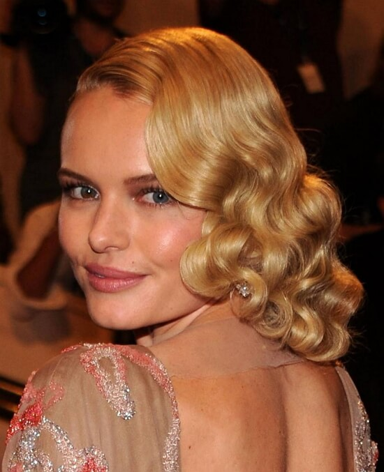Голливудские локоны на средние волосы