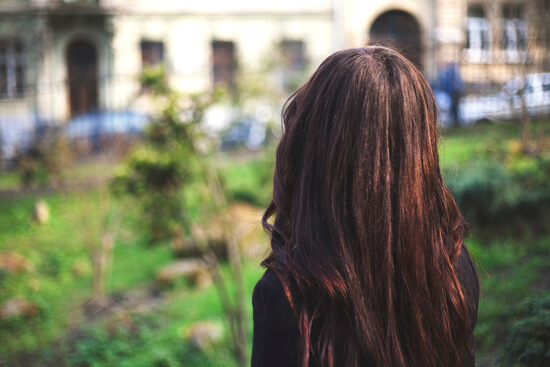 фото брюнеток с длинными волосами без лица