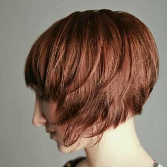 Градуированный боб на короткие волосы фото