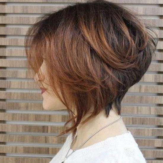 стрижки градуированное каре на средние волосы фото