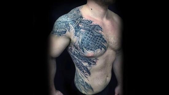 самые красивые мужские тату на плече фото