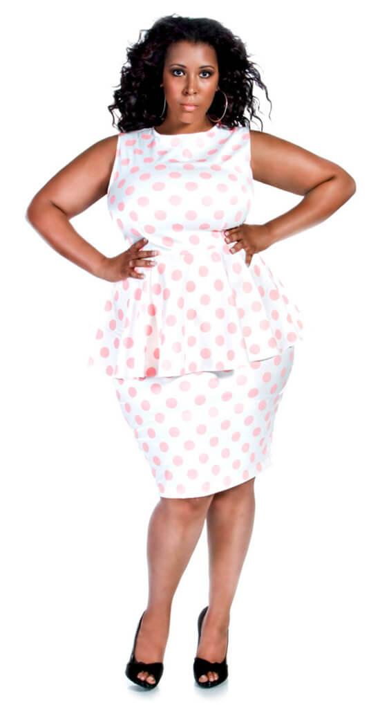 Платье в горошек для полных женщин фото