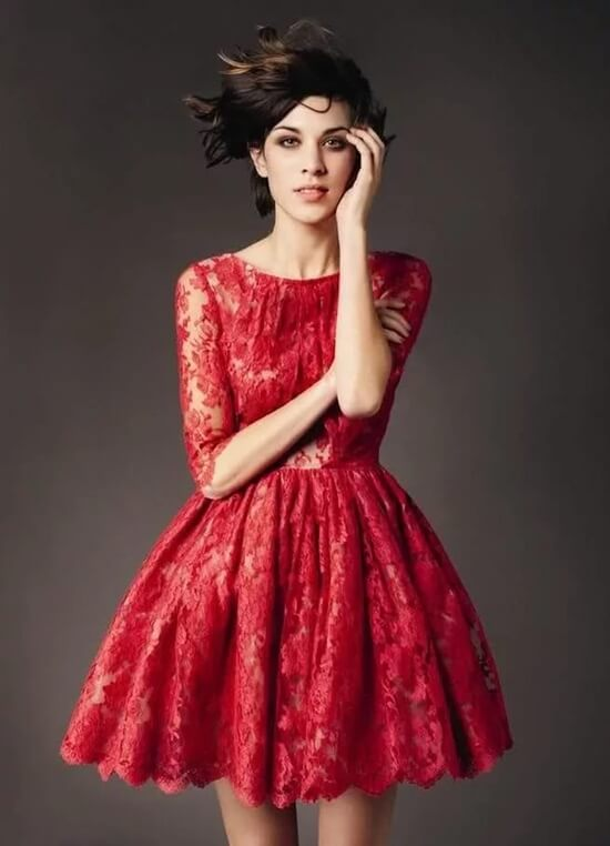 Платье короткое с пышной юбкой