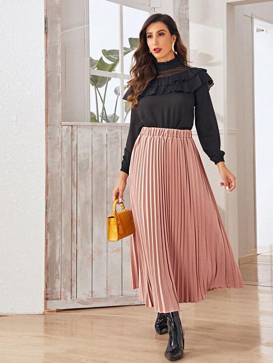с чем носить плиссированную юбку